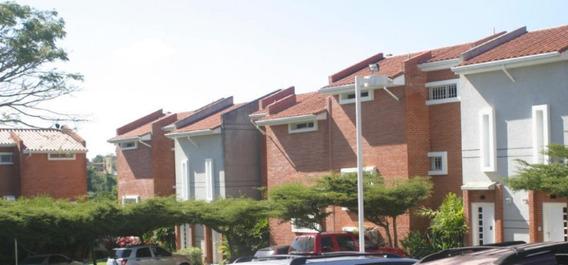 Townhouse 5 Habitaciones Y 5 Ambientes