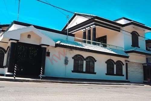 Casa En Venta Con Recamara En Planta Baja Col. Del Bosque , Tampico