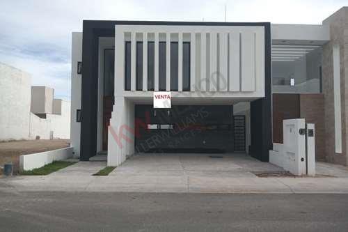 Casa En Venta Lomas De Juriquilla Queretaro 3 Habitaciones.