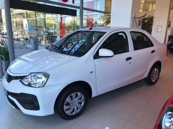 Toyota Etios Sedán 4p X 1.5 2019