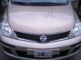 Nissan Tiida 1.8 Visia 5 P Caja 6ta. 2013 H01