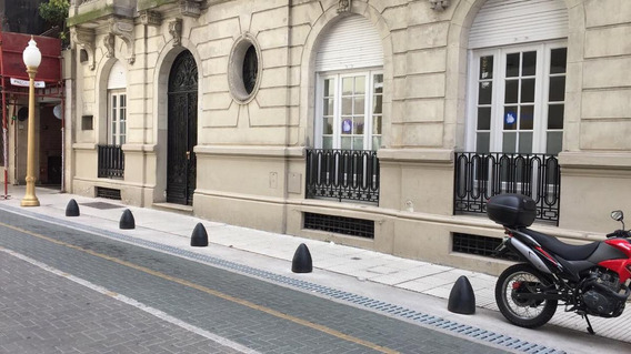 Venta Oficina Totalmente Reciclada En Edificio Histórico De Estilo Clasico. Recoleta
