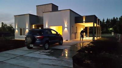 Casa En Country El Principado Canning -san Vicente
