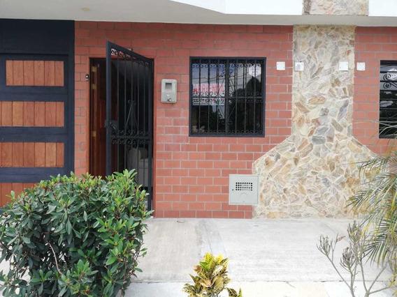 Casa Para Arriendo En Rincones De La Macarena