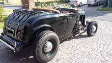 Ford Roadster 1932. Hot Rod.