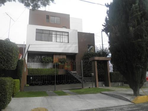 Casa Santa Cecilia Coyoacan 4 Pisos