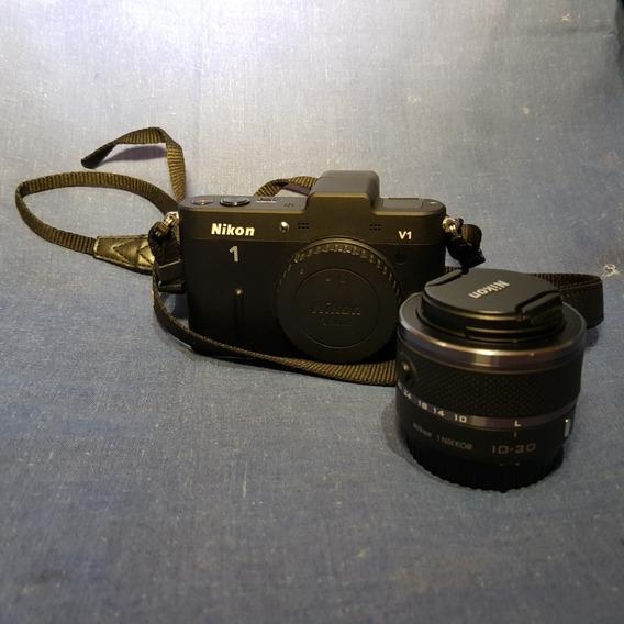 Nikon 1 V1 Lente 30mm, Flash + Brindes