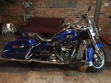 Harley Davidson Road King Classic 2015 2015