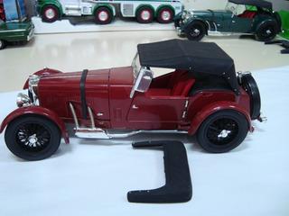 Miniatura Aston Martin 1934 1/18 Signature Models Verde #g29