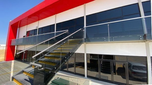 Imagen 1 de 4 de Local Comercial En Navetec Beta Parque Industrial