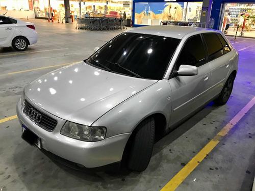 Imagem 1 de 5 de Audi A3 2004 1.8 Turbo Aut. 5p 150 Hp