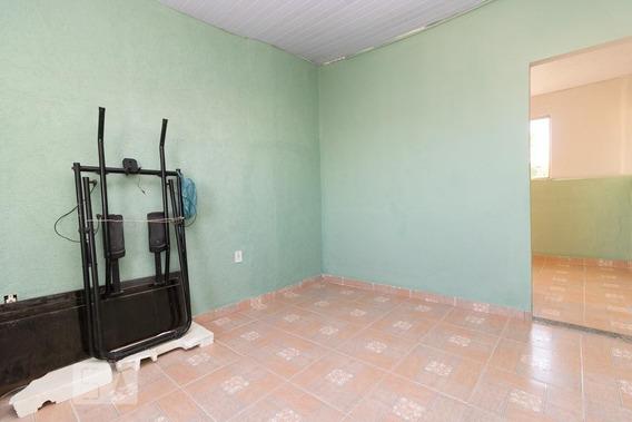 Casa Com 1 Dormitório - Id: 892942084 - 242084