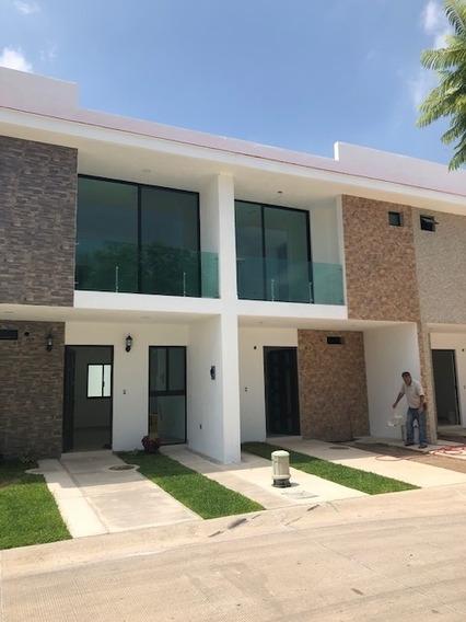 Casa Nuevas Coto La Sauceda, Rumbo Tesistán Zapopan.