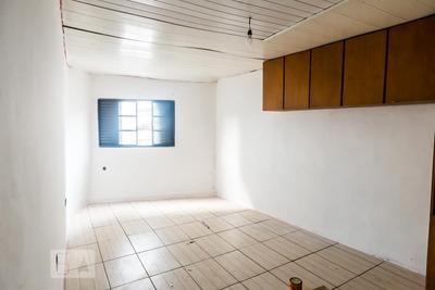 Casa Com 2 Dormitórios - Id: 892918770 - 218770