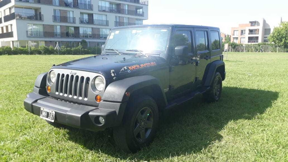 Jeep Wrangler Unlimited Mountain