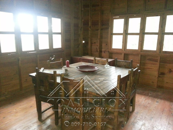 Coalición Vende Villa En Jarabacoa 1200 Mts2-