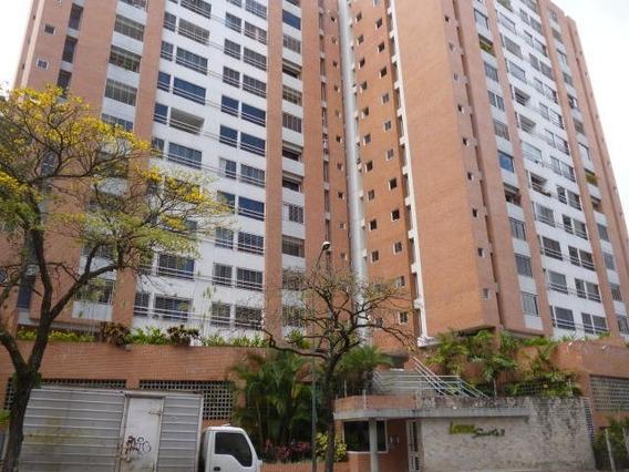 Apartamento En Venta Lomas Del Avila 19-13543