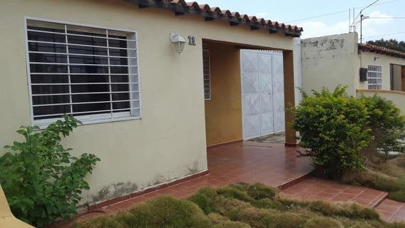 Casas En Alquiler En La Piedad Cabudare Lara 20-17824