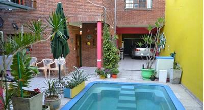 Casa 3 Dormitorios 4 Baños + Dependencias De Servicio.