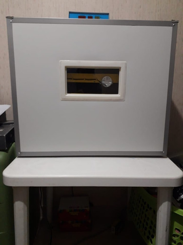 Incubadora Automática De 300 Huevos 220v