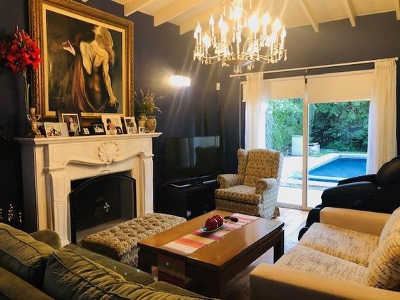 Exquisita Casa En Bo. Privado Altos Del Sol, Financiada
