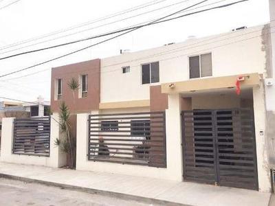 Casa Amueblada En Renta Col. Petrolera Tampico, Tamps.