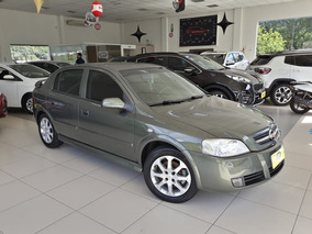 Chevrolet Astra Hatch Advantage 2.0 8v 4p 2011