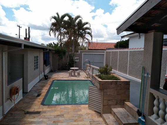 Casa Com 4 Quartos, 2 Banheiros, Lazer Churrasqueira Piscina