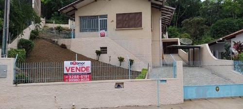 Casa Com 3 Dormitórios À Venda, 200 M² Por R$ 850.000,00 - Salto - Blumenau/sc - Ca0607