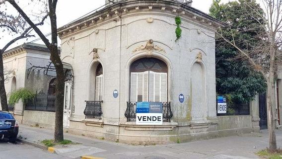 Imponente Casa Antigua Céntrica Calle 30 Y 25 Mercedes Bs