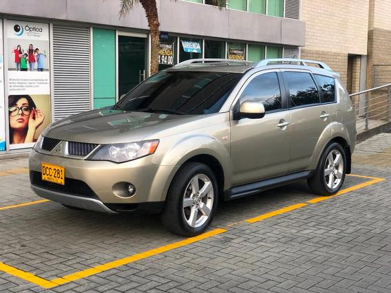 Mitsubishi Oulander 3.000 Automatica 4x4 7 Puestos 2009