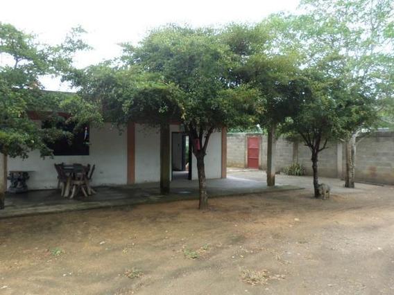 Casas En Venta En Cabudare Lara 20-3325
