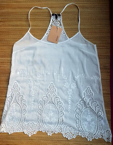 21c772f438 Regata Seda Renda Farm - Camisetas e Blusas no Mercado Livre Brasil