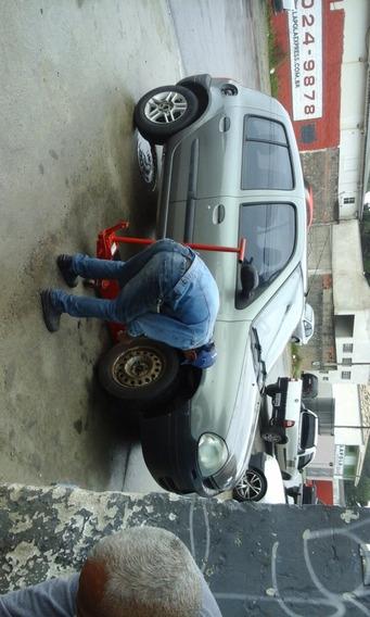 Renaul Clio 1.0 Rl 8v