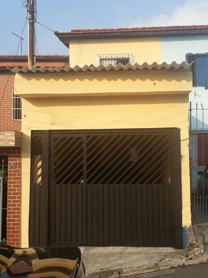 Casa Com 1 Suite, Ar Condicionado E Portão Automatico.
