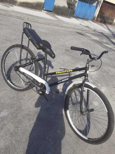 Imagem 1 de 5 de Bicicleta