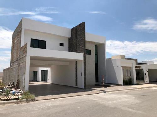 Imagen 1 de 10 de Residencia En  Venta En Hacienda San Joè