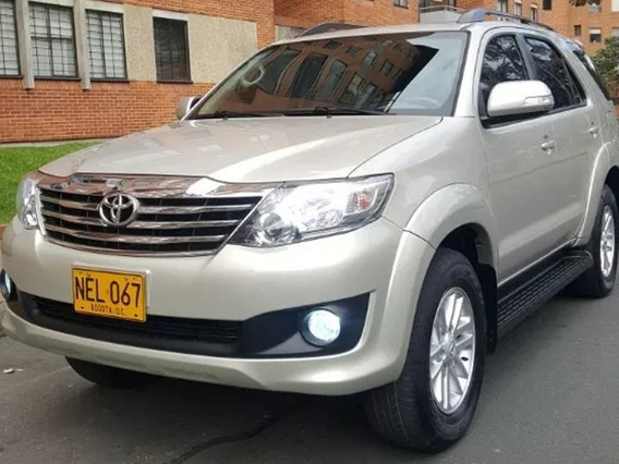 Toyota Fortuner 4x4 Mt Full 2.700
