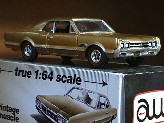 Oldsmobile 442 1966 - Auto World 1/64