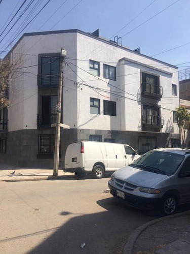 Departamento En Venta Con Patio Exclusivo