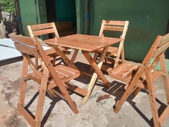 Mesa Com 4 Cadeiras De Pallet