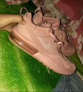 Nike Mujer