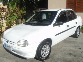 Corsa Sedan 1.6 Mpfi Gl Sedan 8v Gasolina 4p Manual