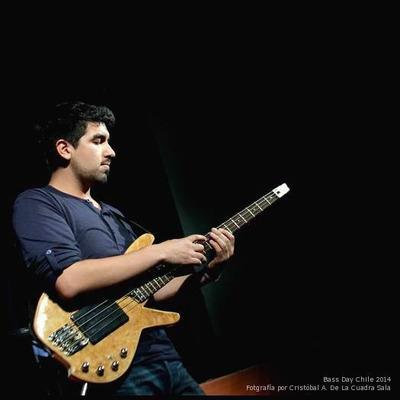 Clases De Música · Bajo Eléctrico & Guitarra · Eduardo Sitjà