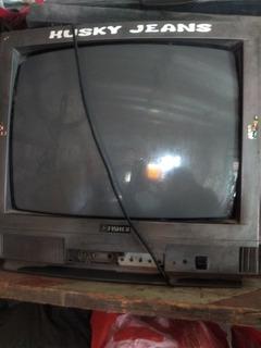 Tv Fisher 21