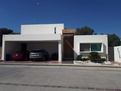 Casa En Venta Con Alberca, Cluster Vip, El Mayorazgo, León Gto.