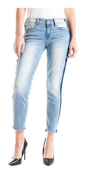 Jeans Denizen® Mujer Azul Claro Tiro Bajo Boyfriend Turn