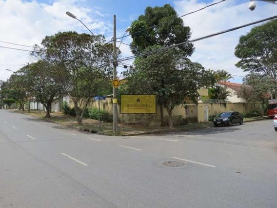 Casa Com 3 Quartos Para Alugar No Belvedere Em Belo Horizonte/mg - 4717