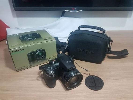 Câmera Semi Profissional Fujifilm S4000