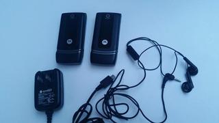 2 Celulares Motorola W375 Preto Funcionando E 1 Carregador